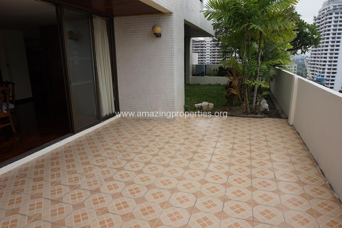 4 Bedroom Apartment Sriratana Mansion-9