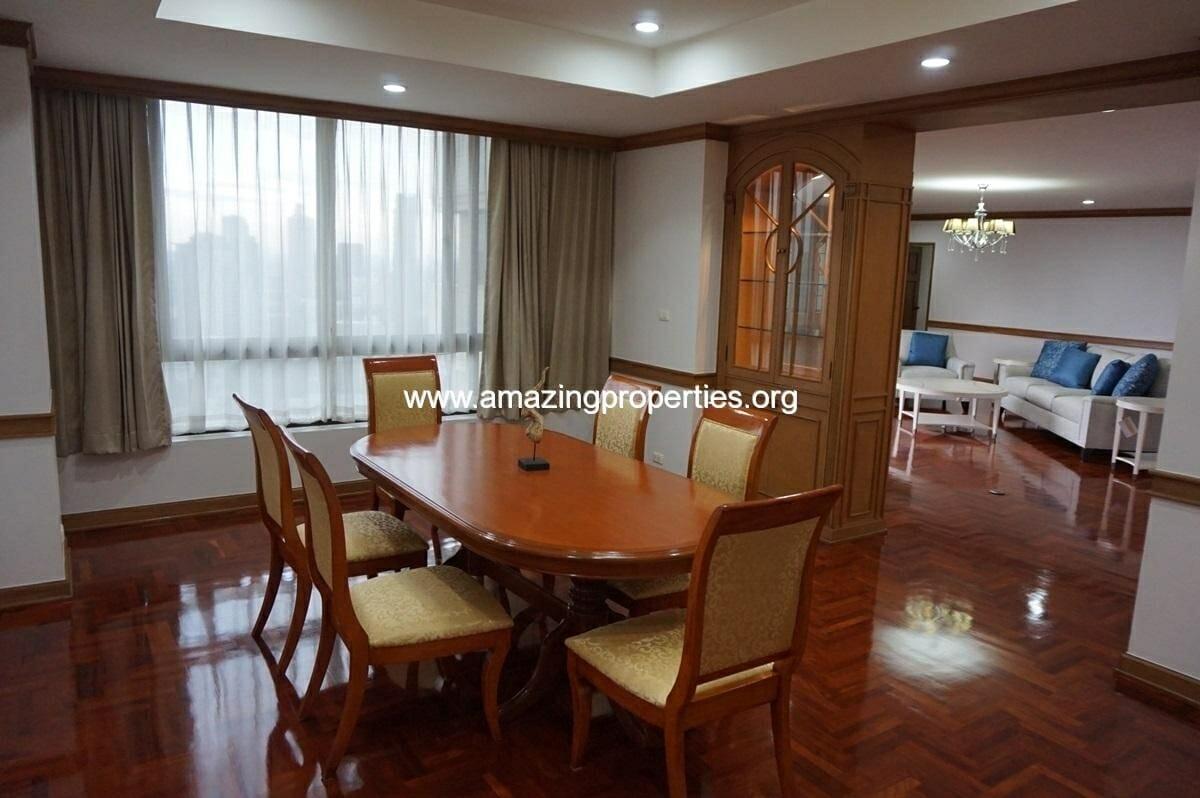 3 Bedroom condo Ruamsuk Condominium