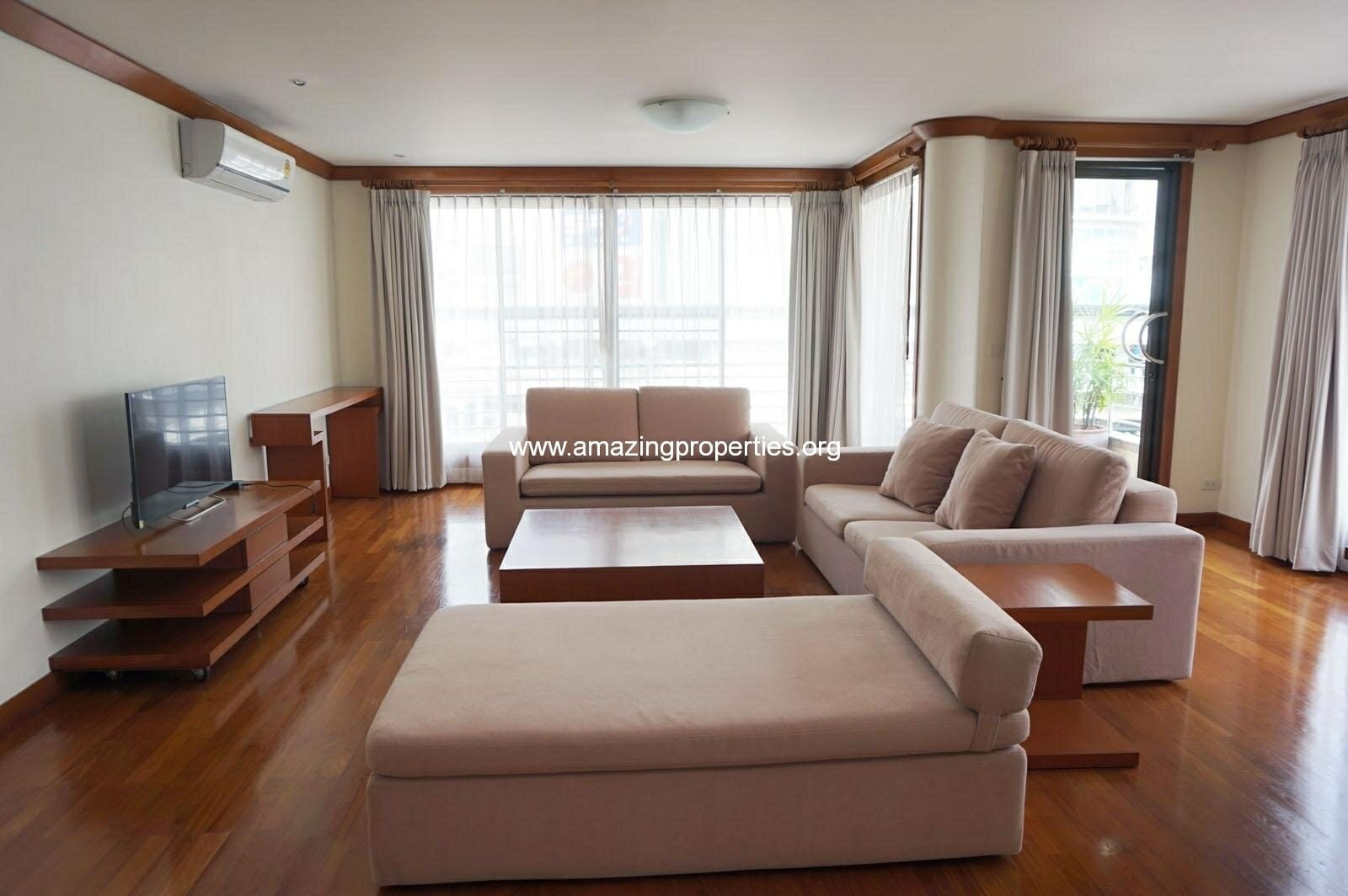Villa Fourteen Apartment for Rent Bangkok