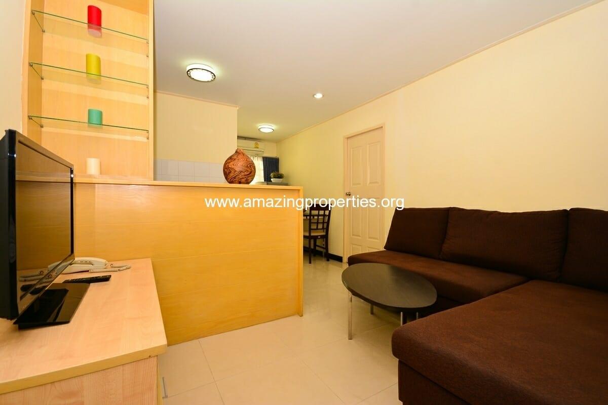 1 bedroom Charming Resident Asoke-1