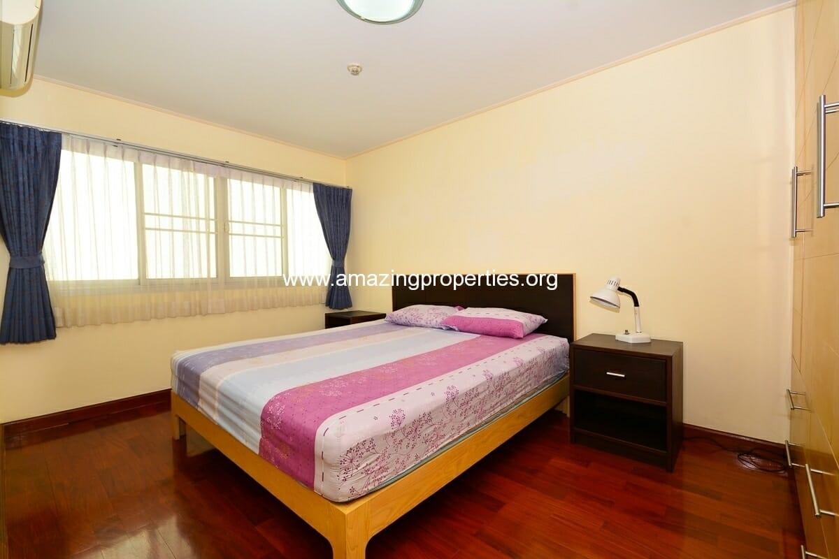 1 bedroom Charming Resident Asoke-5