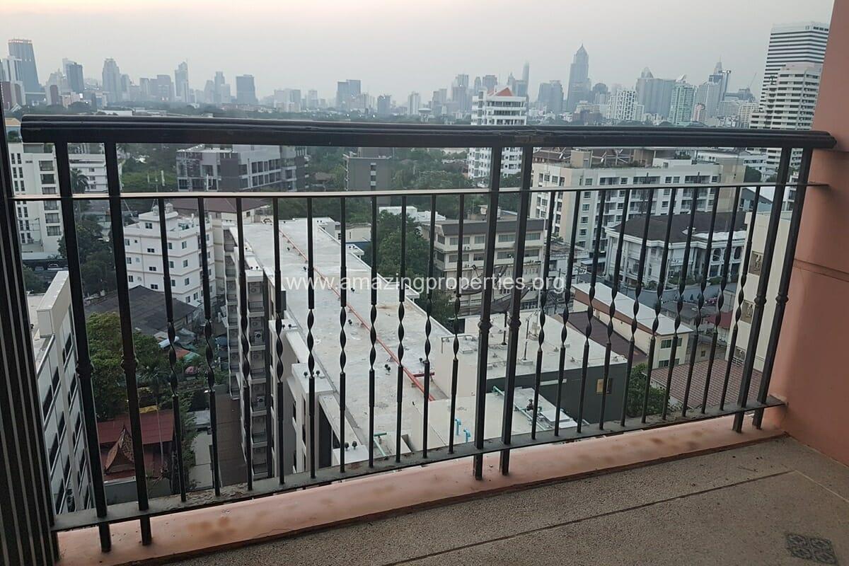 Aguston Condominium 3 Bedroom Condo-4