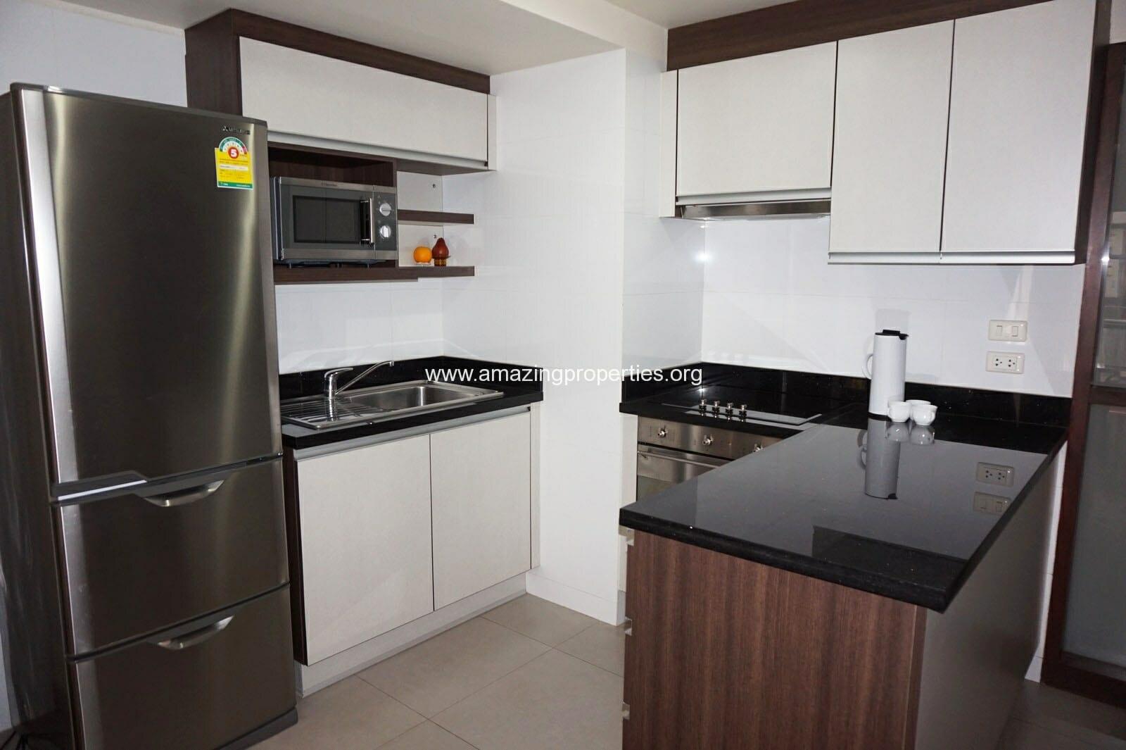 2 bedroom Baan Sukhumvit 14-1
