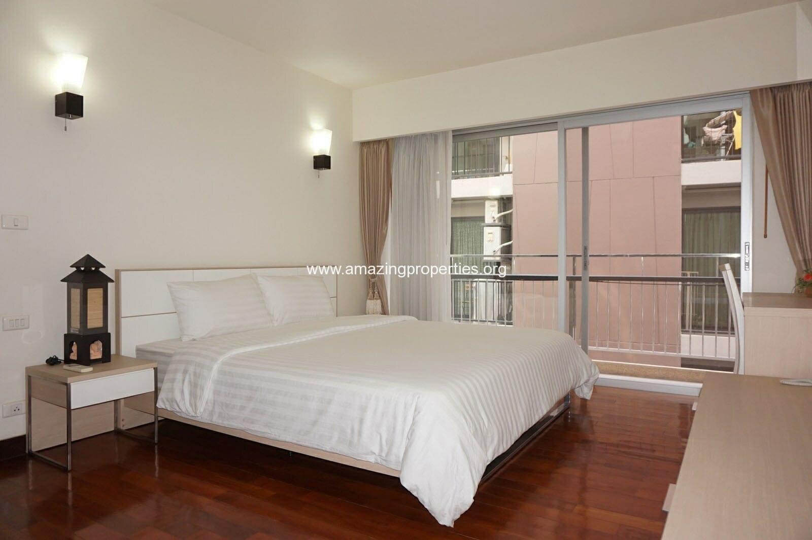 2 bedroom Baan Sukhumvit 14-5