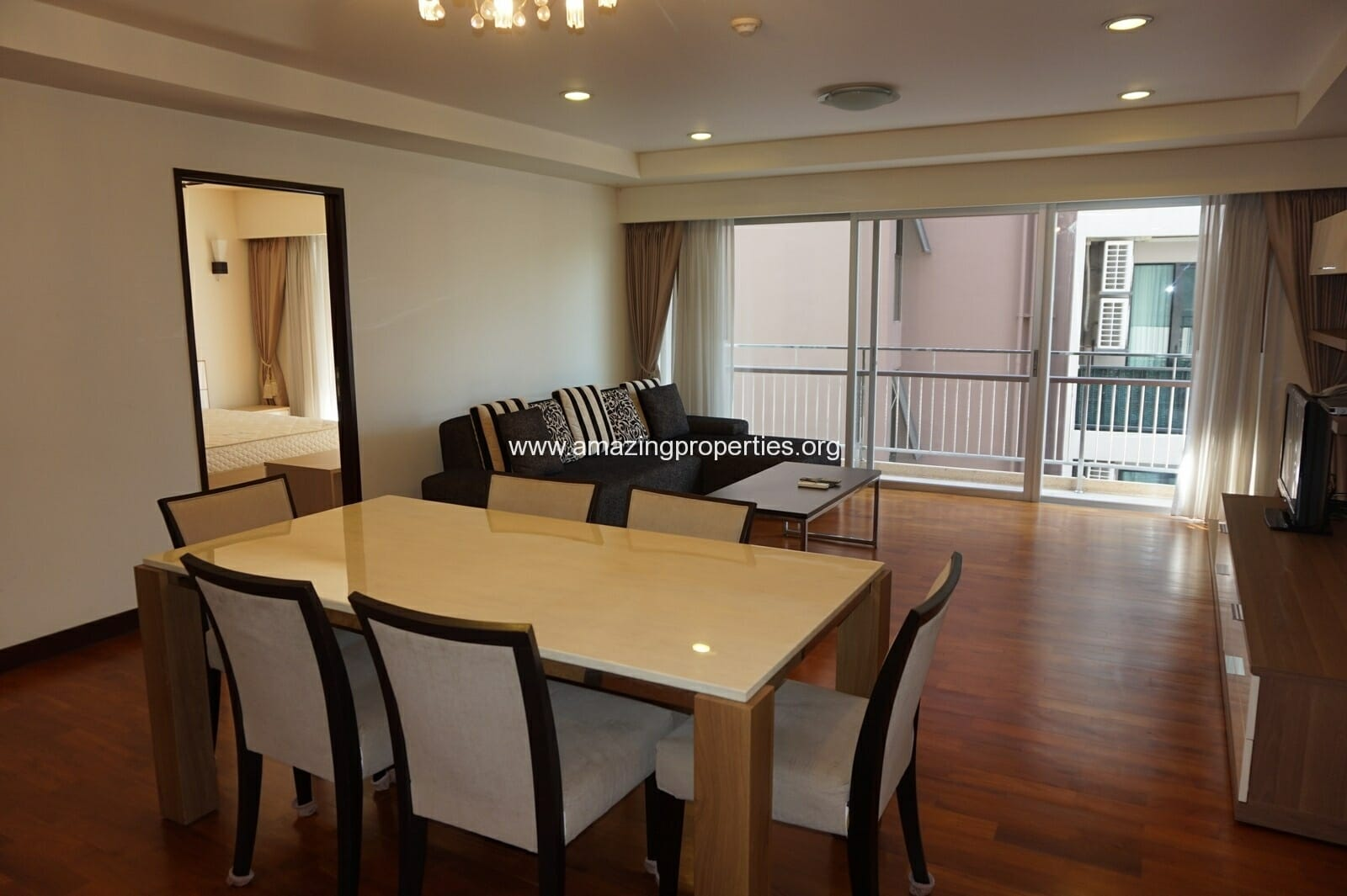 3 bedroom Baan Sukhumvit 14