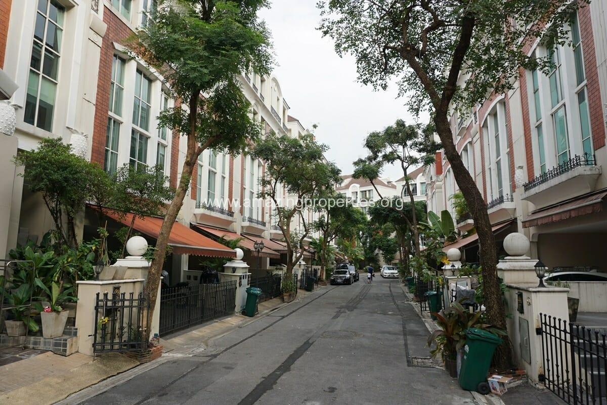 Baan Klang Krung Thonglor-1
