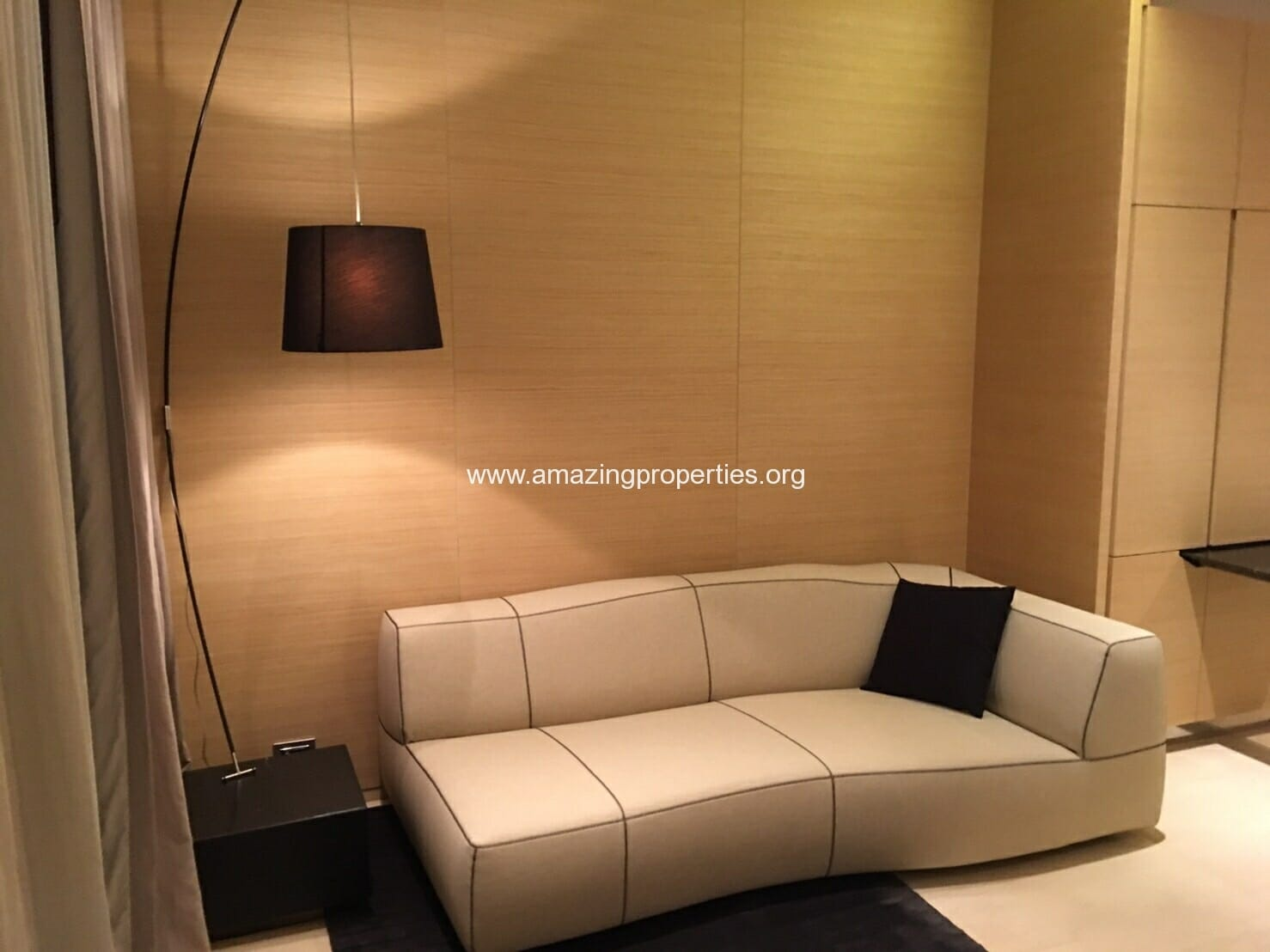 1 bedroom condo in Saladaeng Residences for Sale