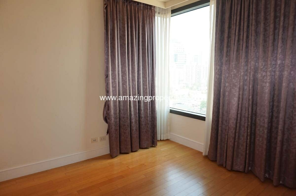 2 bedroom condo Aguston