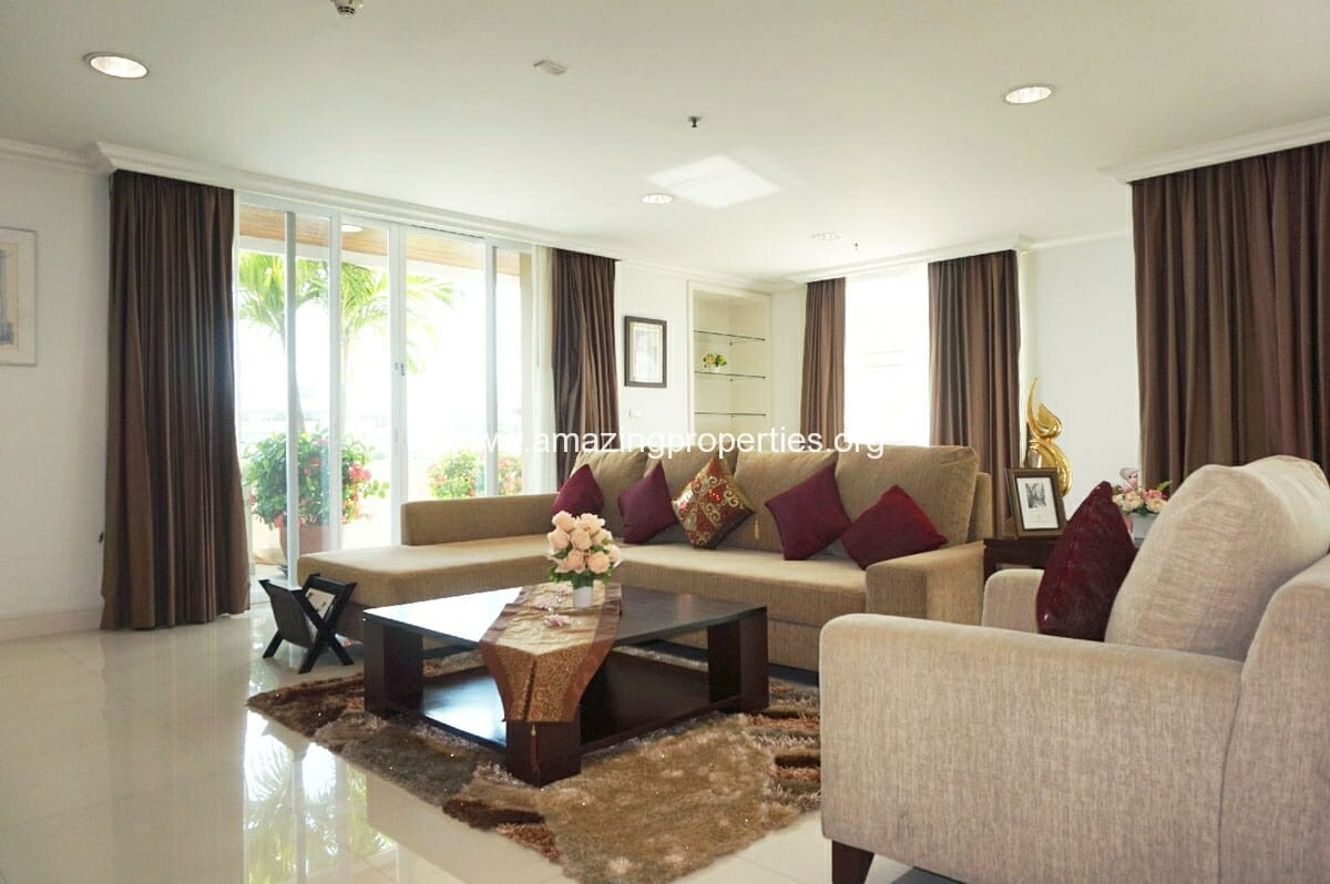 4 Bedroom Penthouse Piyathip-2