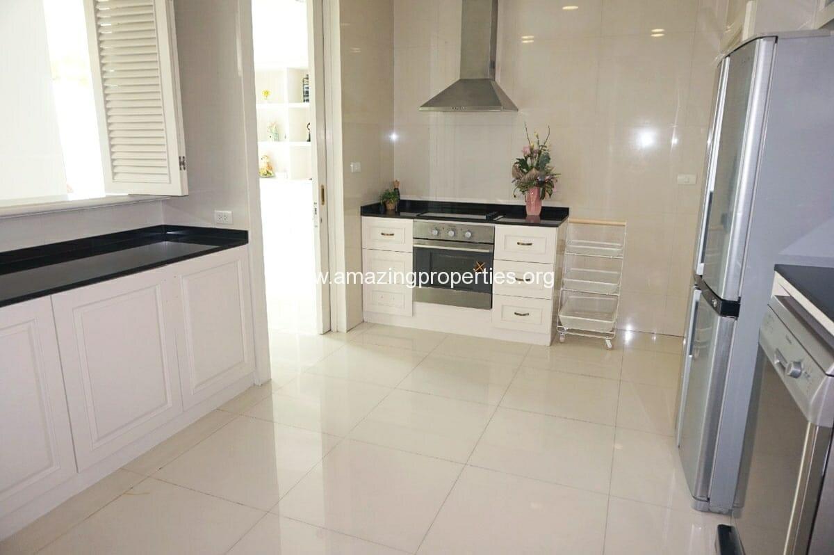 4 Bedroom Penthouse Piyathip-9