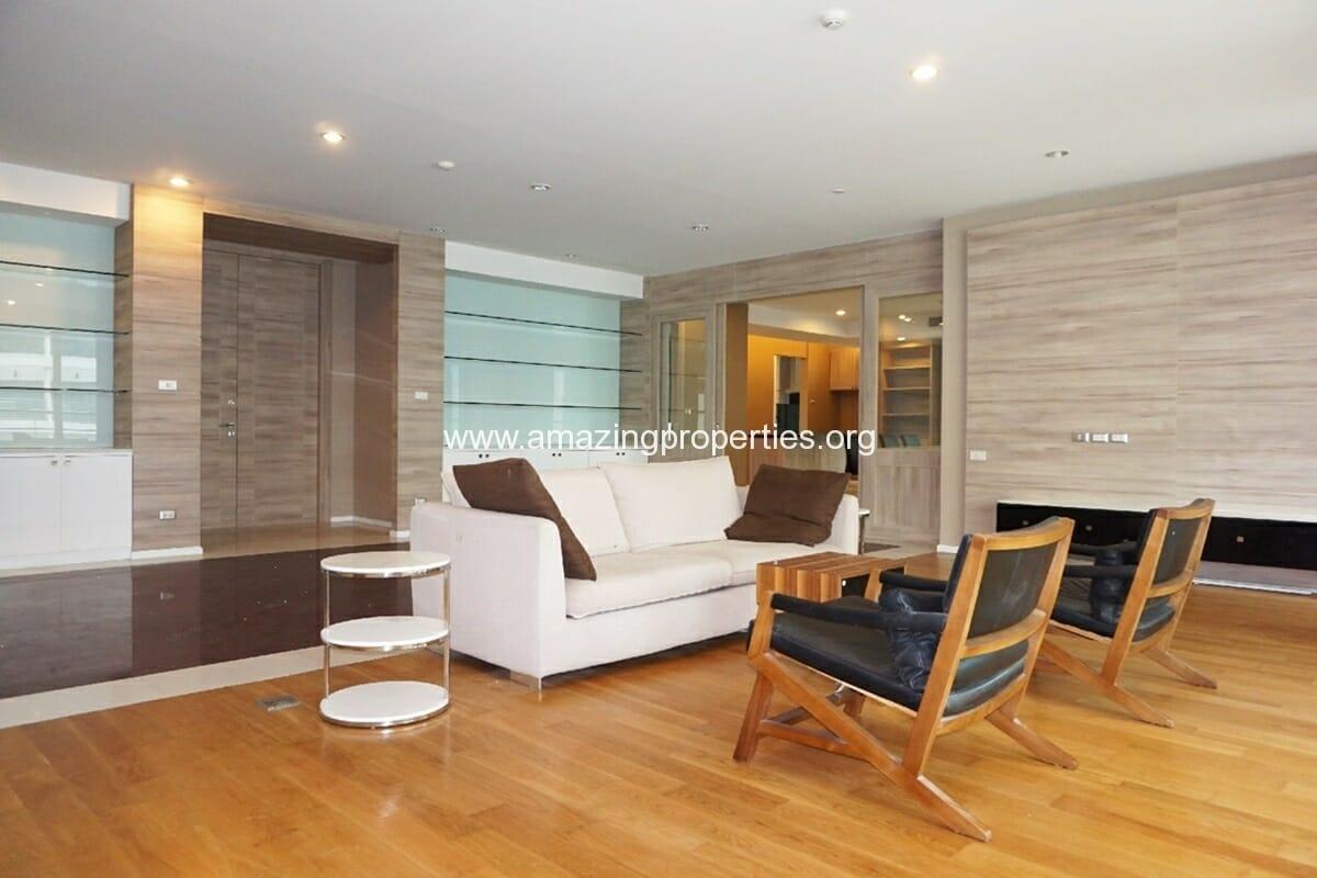 4 bedroom condo at Ideal 24