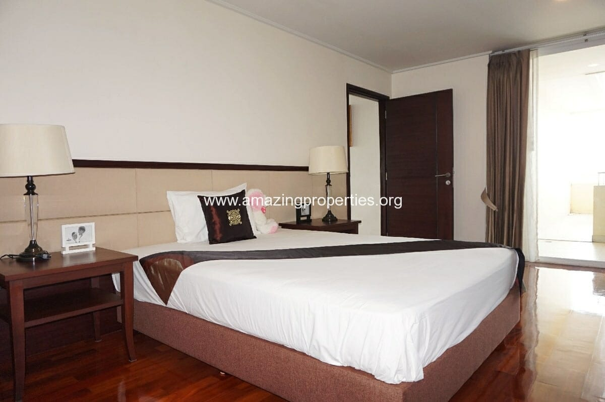 4 bedroom Penthouse Piyathip Place-15
