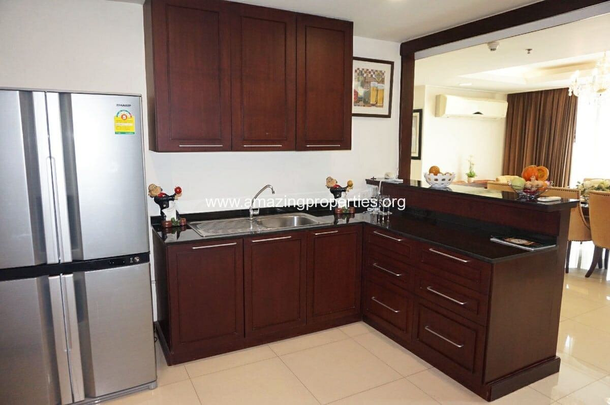 4 bedroom Penthouse Piyathip Place-5