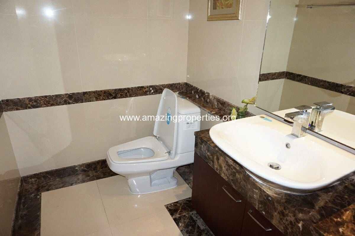 4 bedroom Penthouse Piyathip Place-6