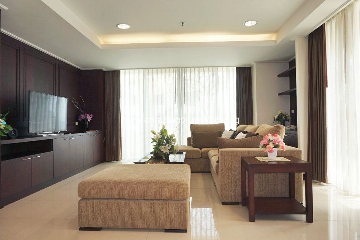 4 bedroom Penthouse Piyathip Place