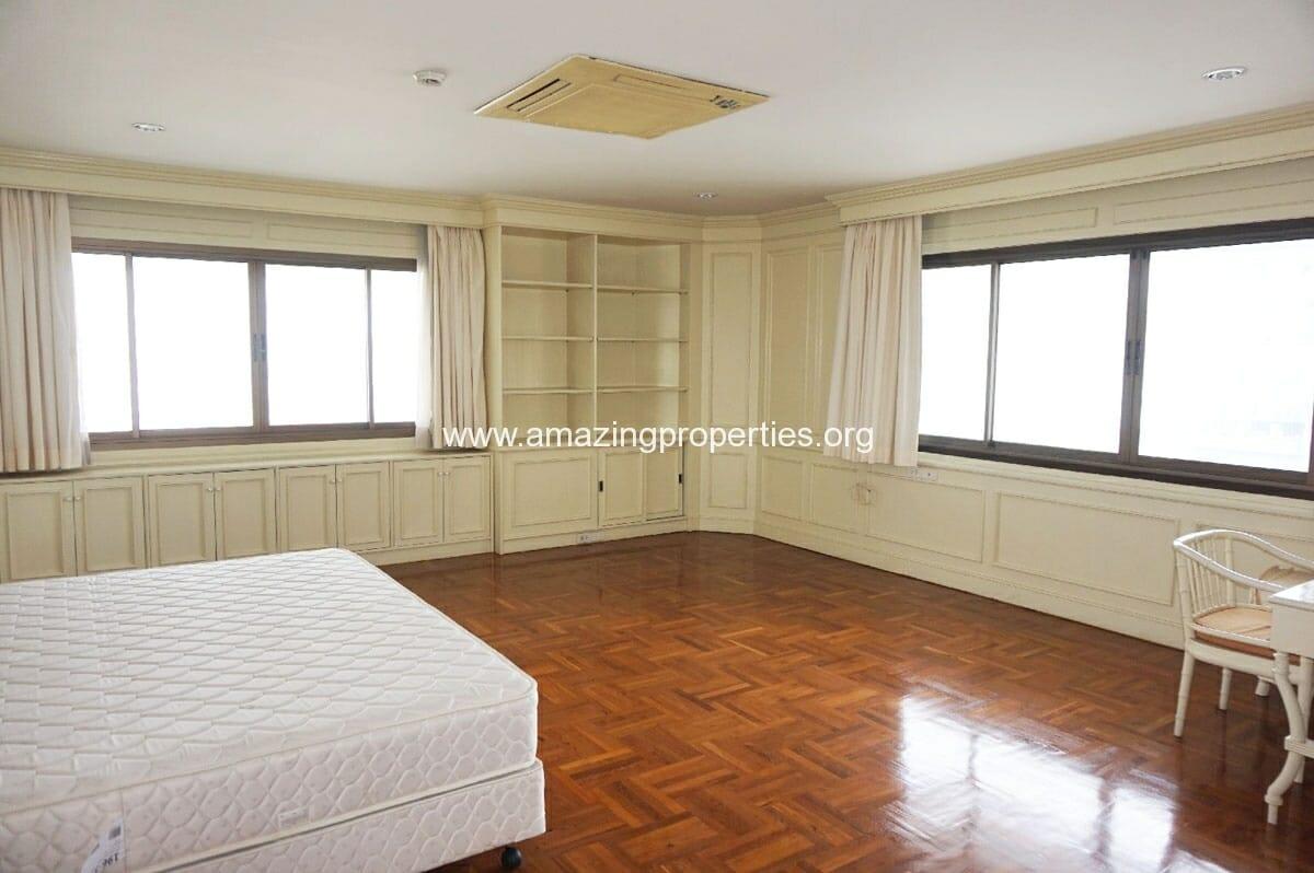 4 bedroom Tower Park-7
