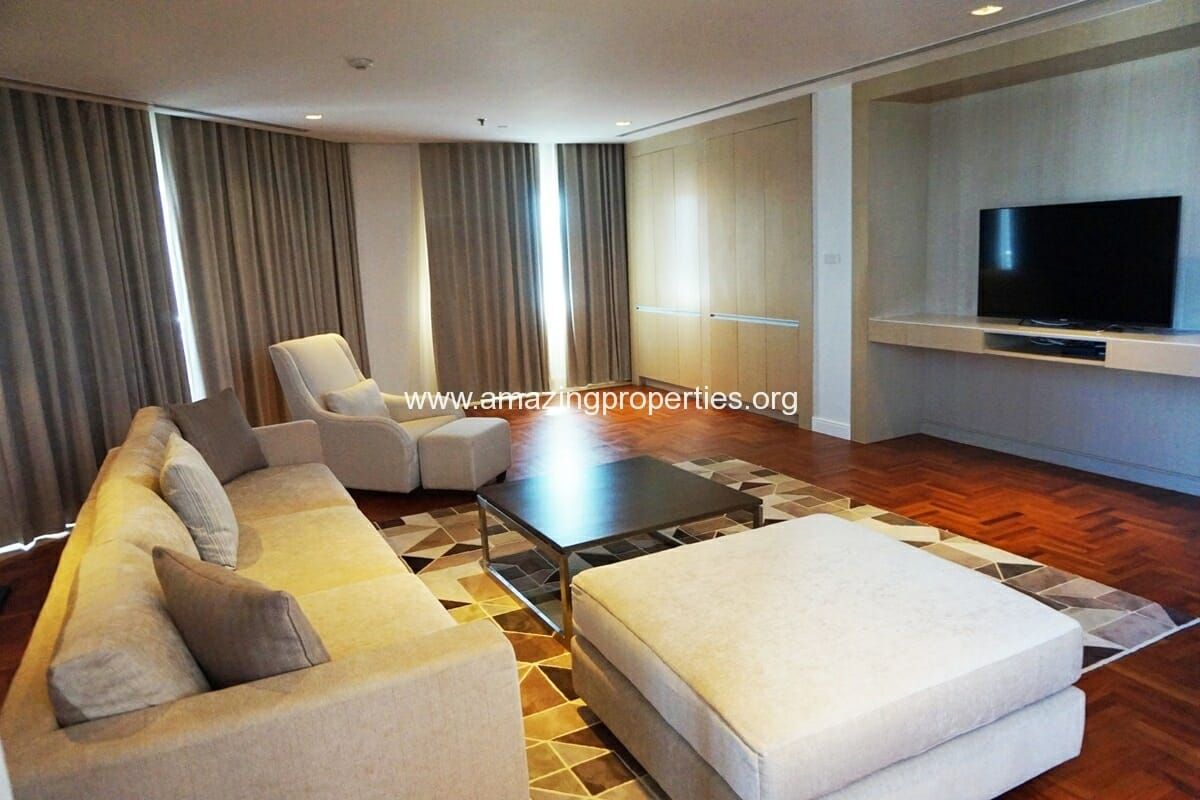 Penthouse Baan Suanpetch