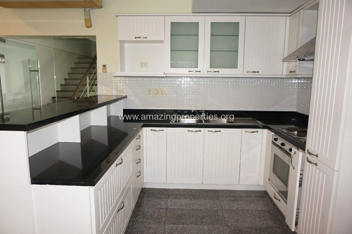 3 Bedroom Townhouse Phrom Phong