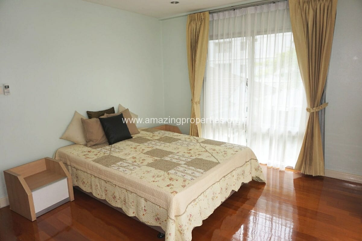 3 bedroom townhouse phrom phong 5 amazing properties for 5 bedroom townhouse