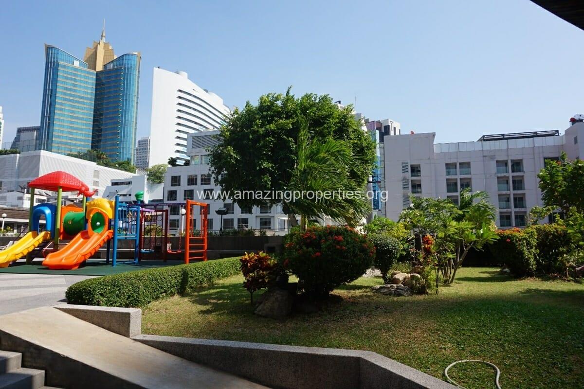 Grand Ville House 2 Condominium
