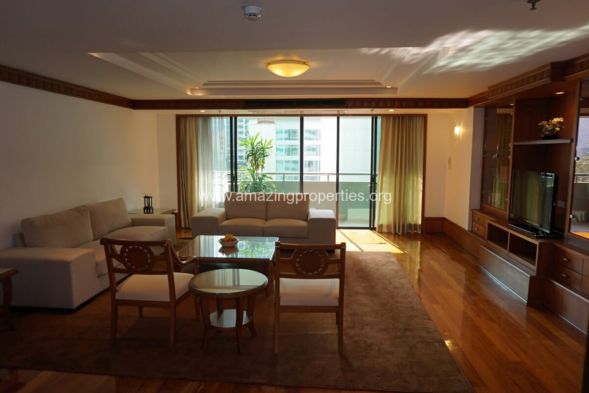 3 bedroom Apartment for rent at