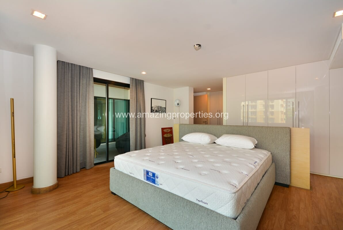3 bedroom apartment for rent at l8 residence ploenchit for Five bedroom apartments