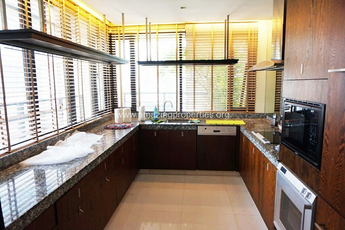 3 Bedroom Baan Piyasathorn-4