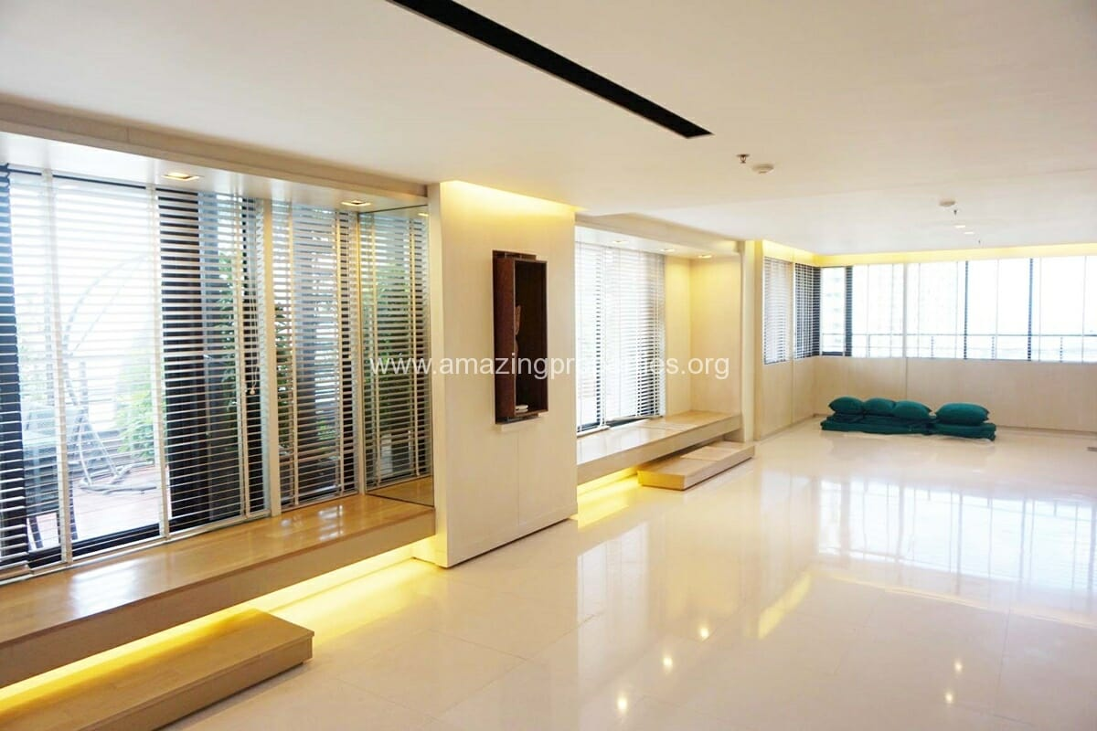 3 Bedroom Baan Piyasathorn-8