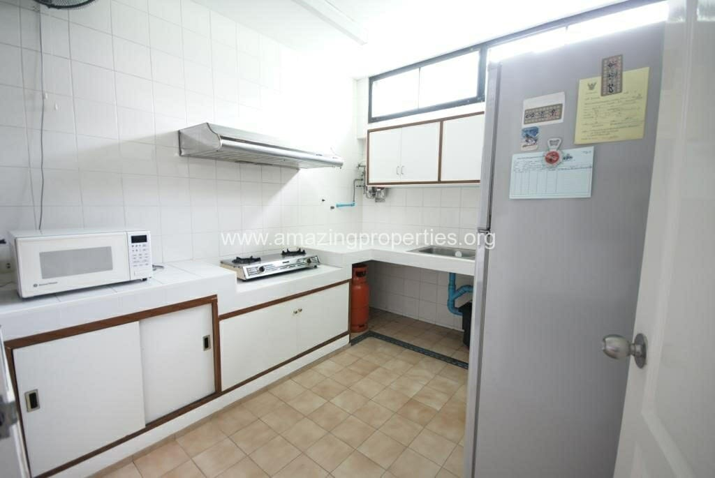 Ekkamai 4 Bedroom House for Rent