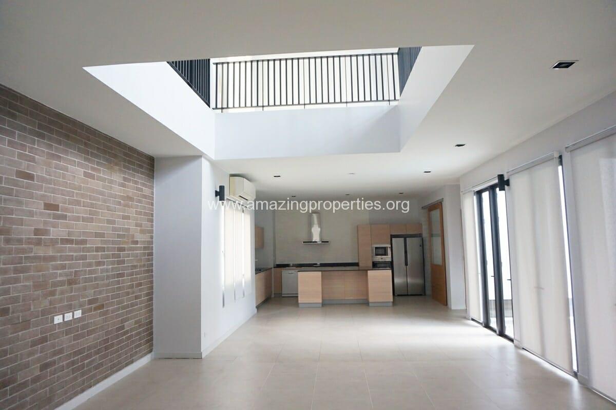 4 Bedroom House Thonglor-1