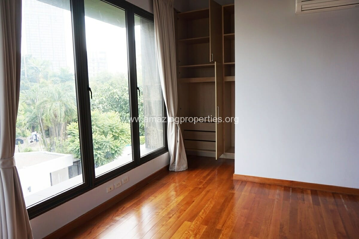 4 Bedroom House Thonglor-3