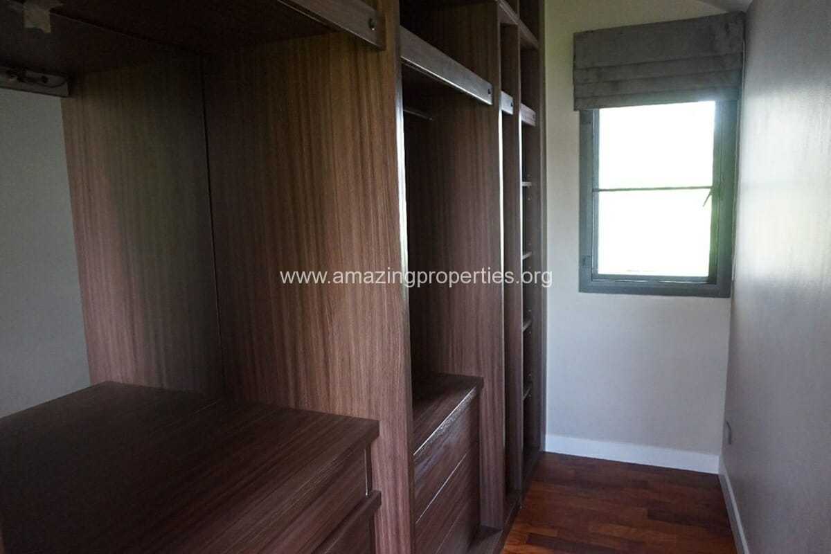 5 Bedroom House Phrom Phong-14