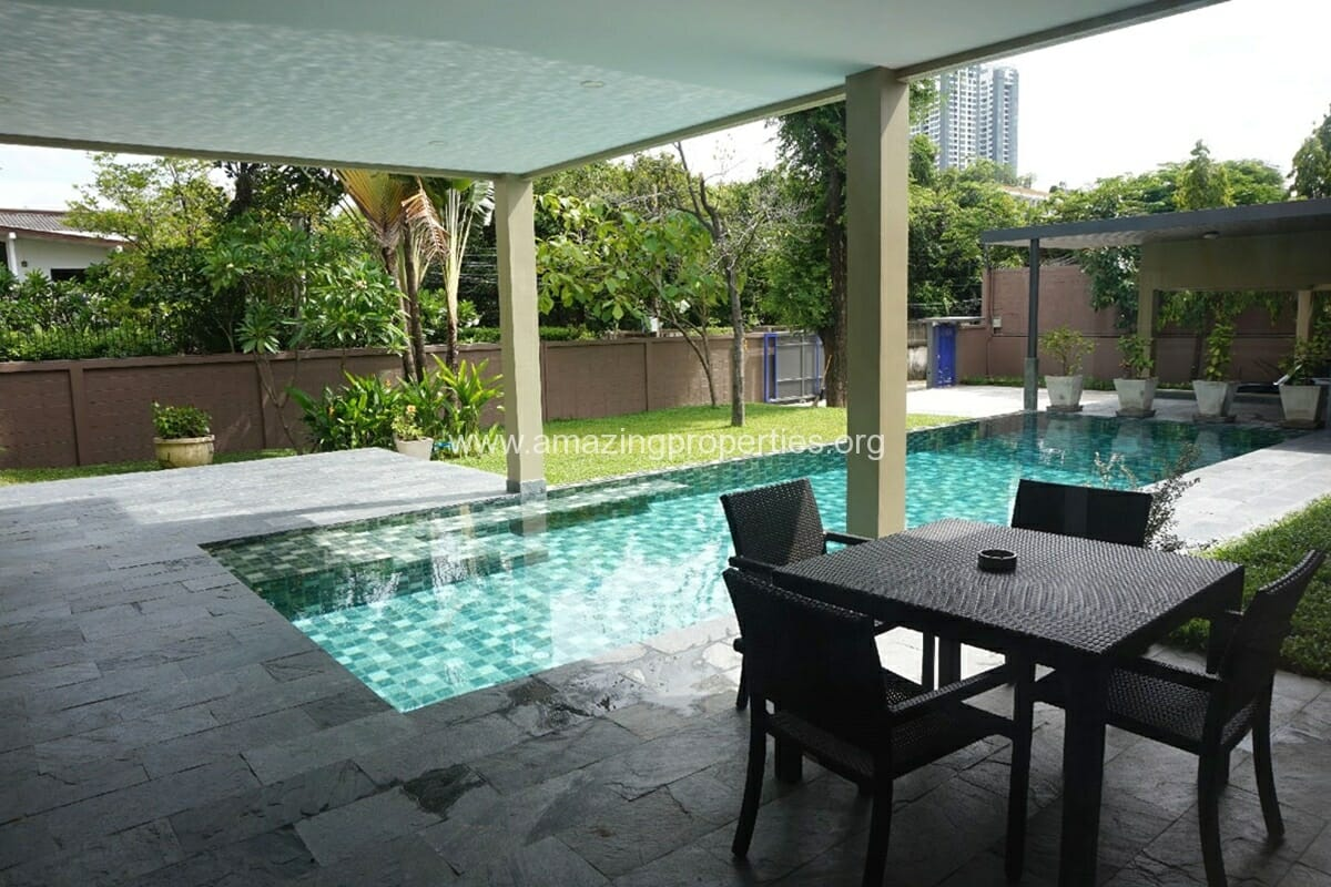 5 Bedroom House Phrom Phong-4