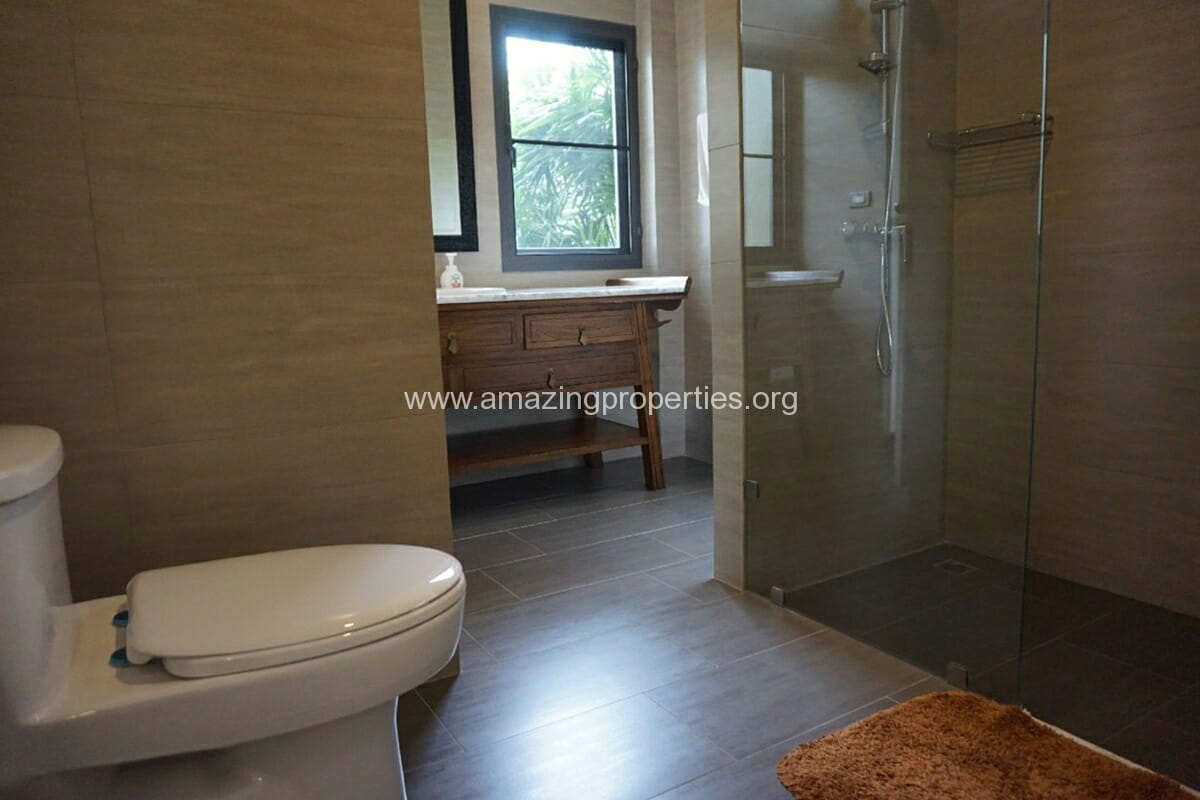 5 Bedroom House Phrom Phong-6
