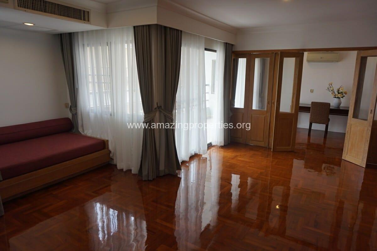 Baan sawasdee 3 bedroom duplex 20 amazing properties for Three bedroom duplex