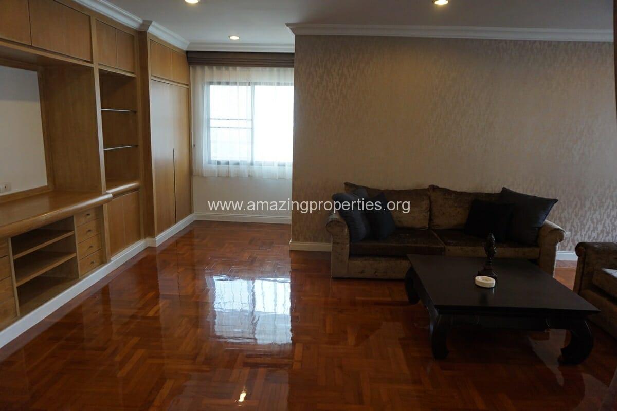Baan sawasdee 3 bedroom duplex 9 amazing properties for Three bedroom duplex