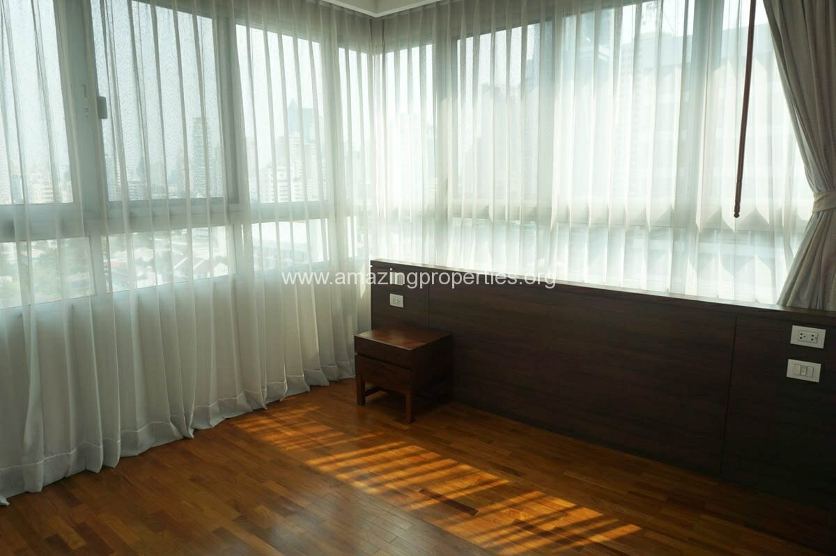 3 Bedroom Apartment For Rent At Chodtayakorn Amazing Properties
