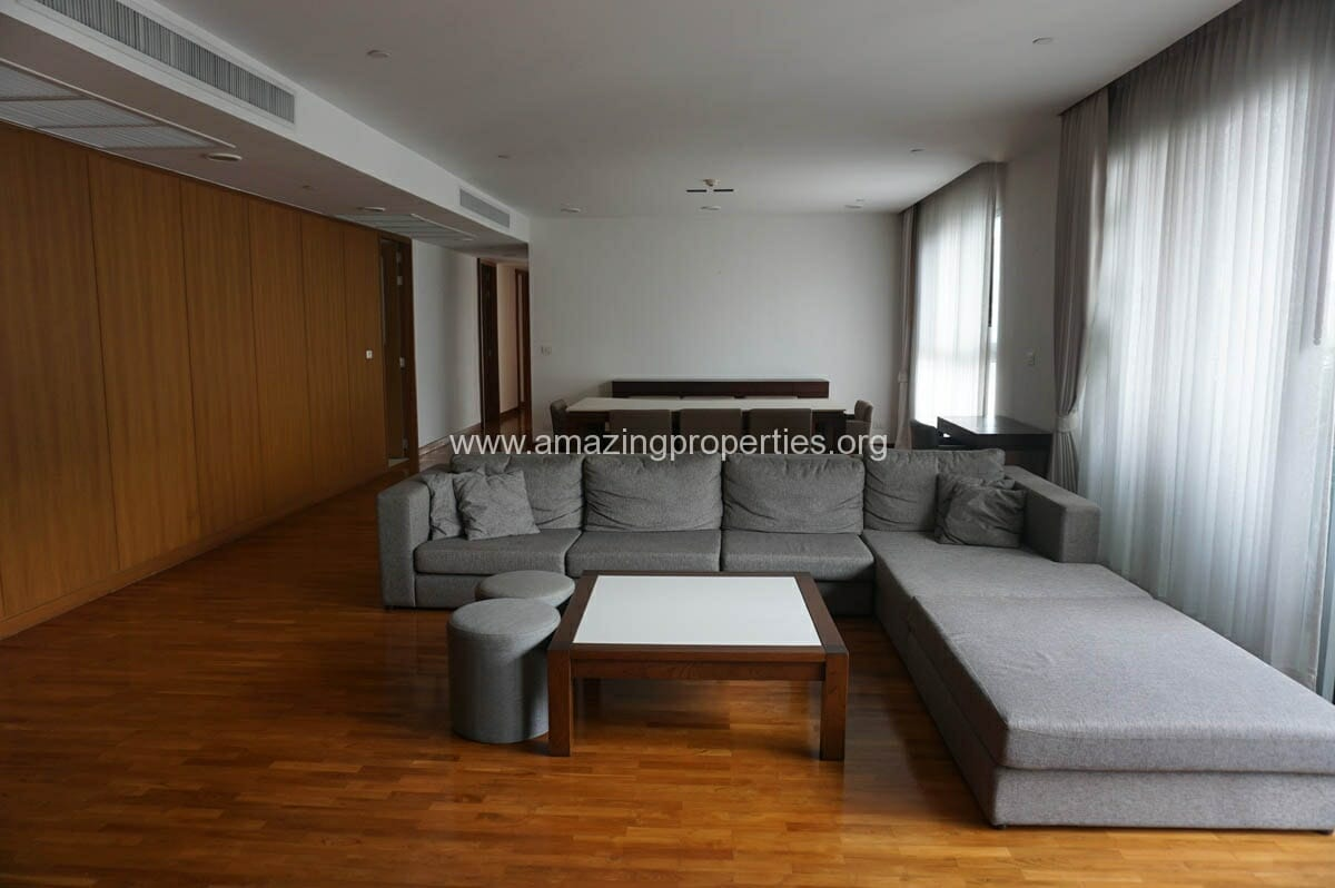 3 Bedroom Apartment for Rent at Chodtayakorn