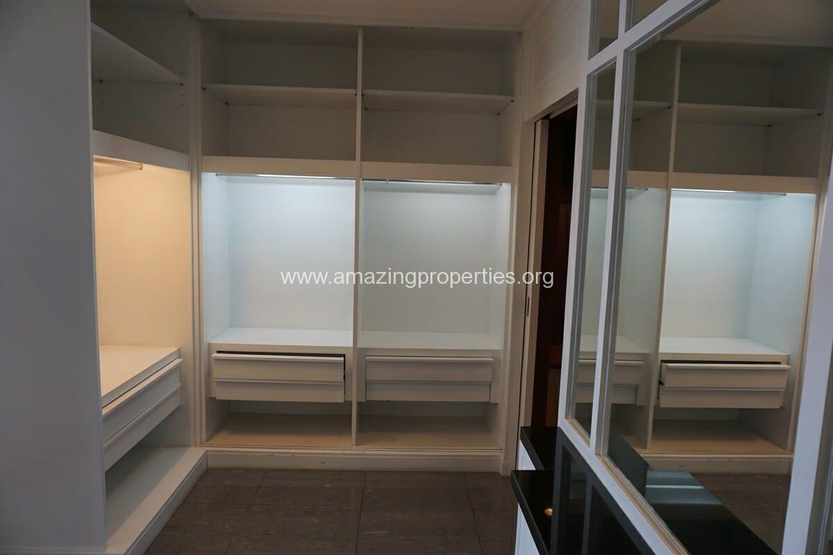 5 Bedroom Penthouse Ploenchit-32