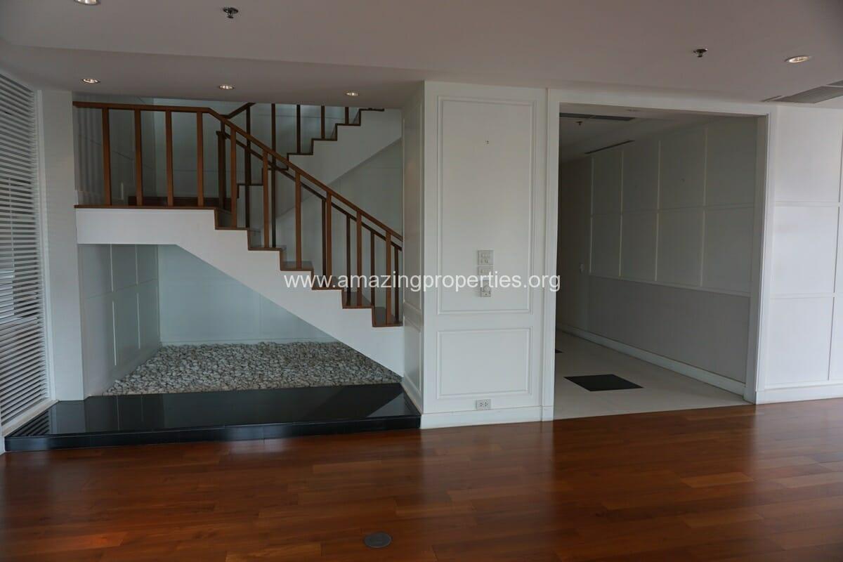 5 Bedroom Penthouse Ploenchit-9