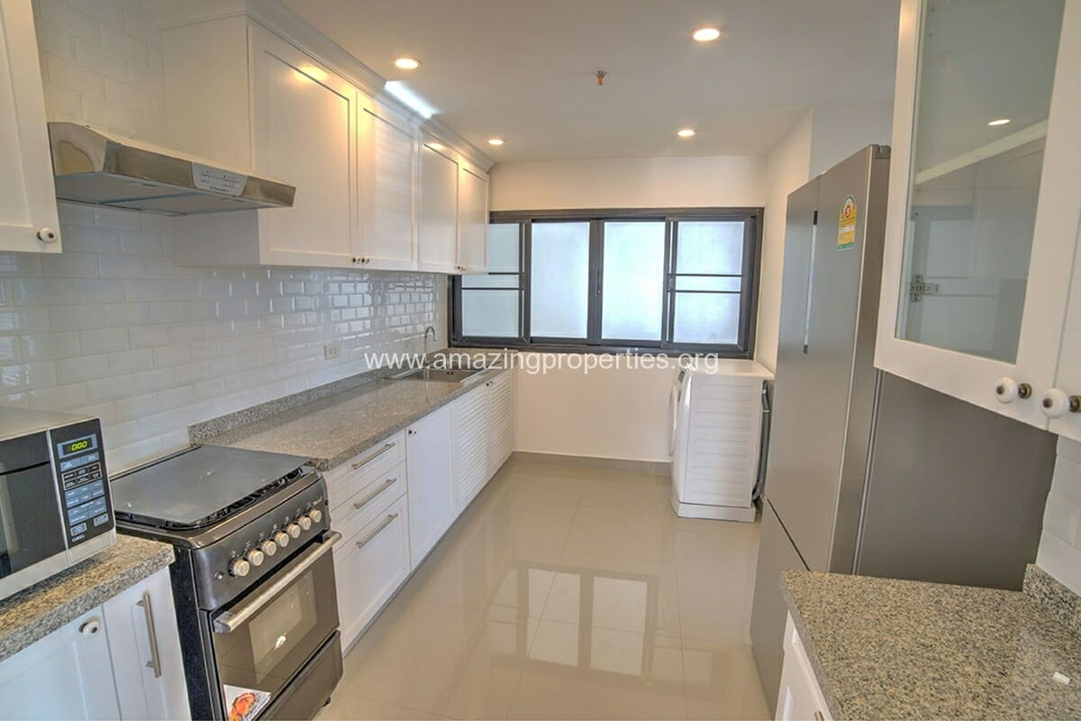 Baan Phrom Phong 2 Bedroom-5