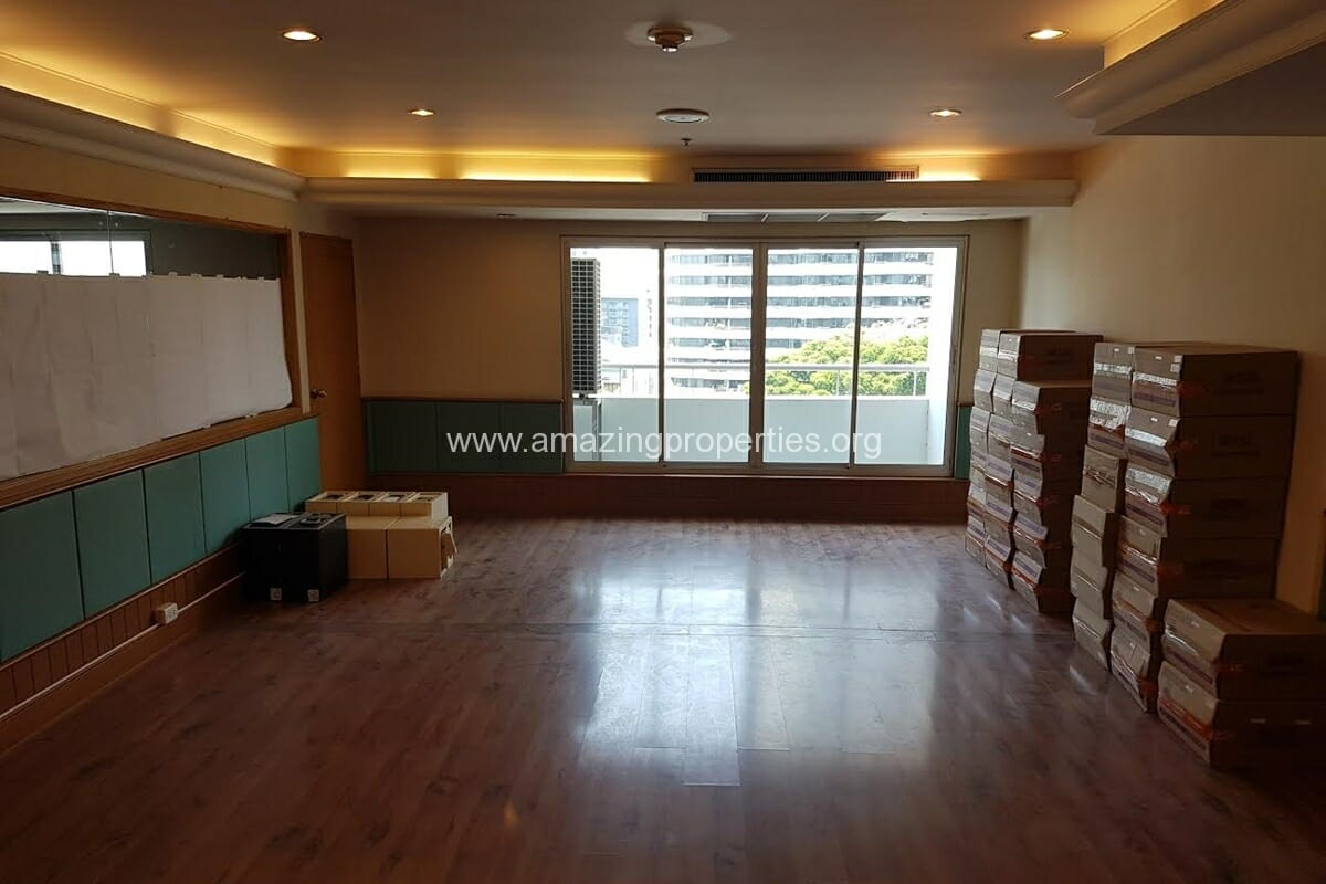 Commercial Space Asoke for Rent-9