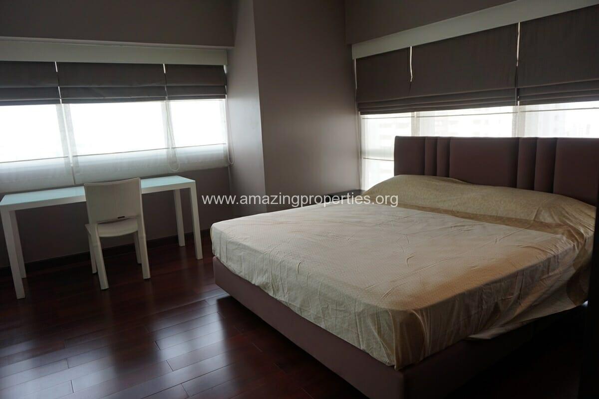 Duplex 3 bedroom le raffine 31 16 amazing properties for Three bedroom duplex