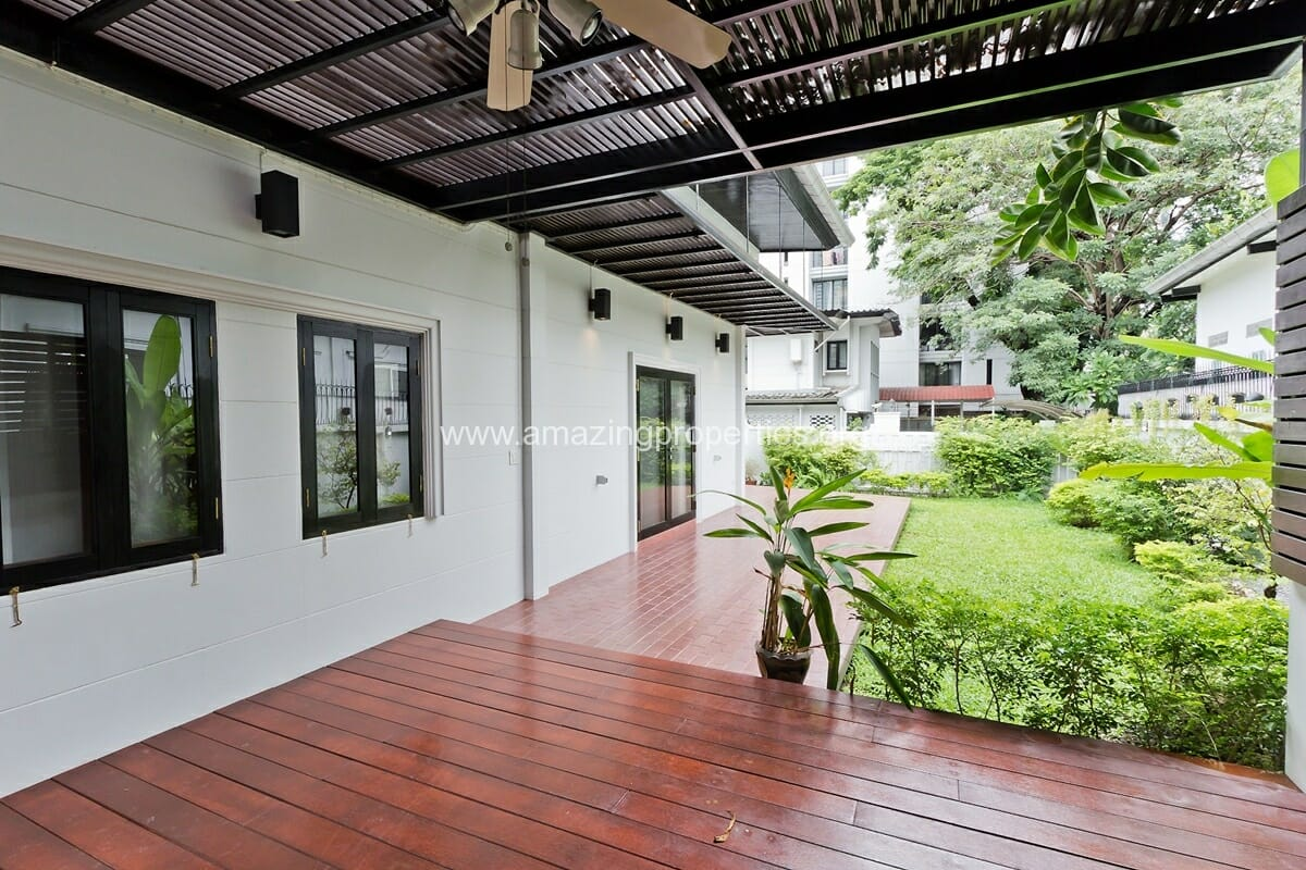 Phrom Phong House with Garden-17