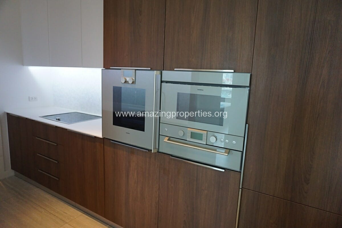 185 Rajdamri 2 bedroom condo for Rent (5)