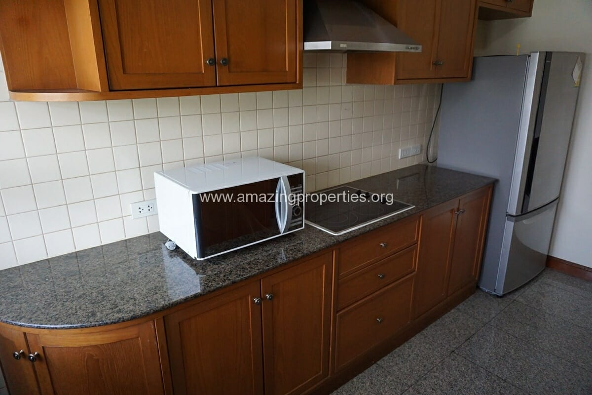 2 Bedroom Apartment SCC Residence-2