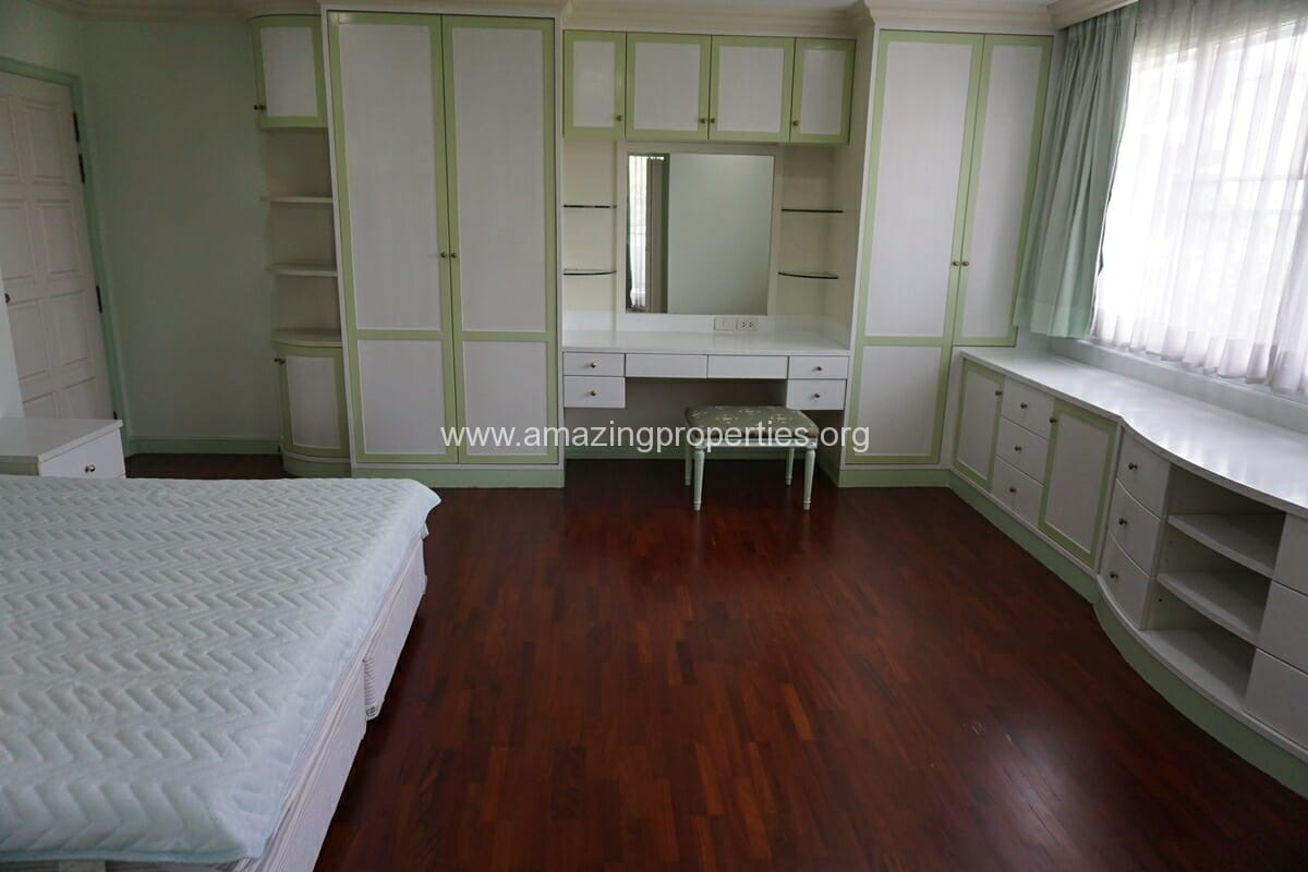 2 Bedroom Apartment SCC Residence-9
