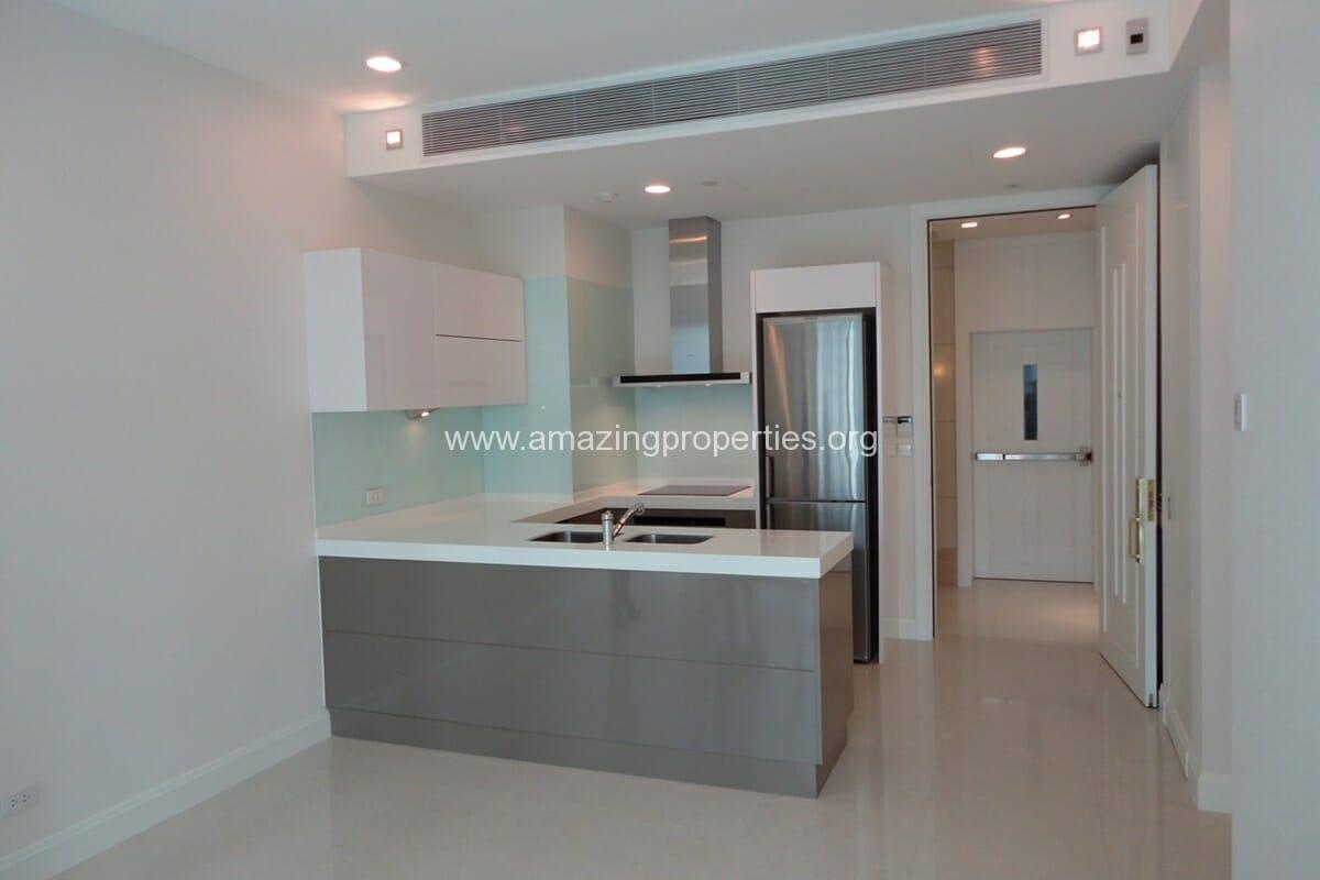 Q Langsuan 2 Bedroom Condo for Sale