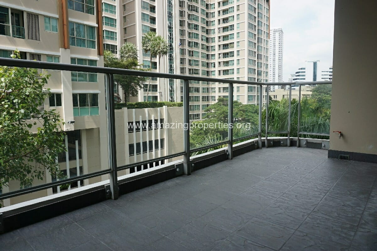 2 Bedroom The Park Chidlom