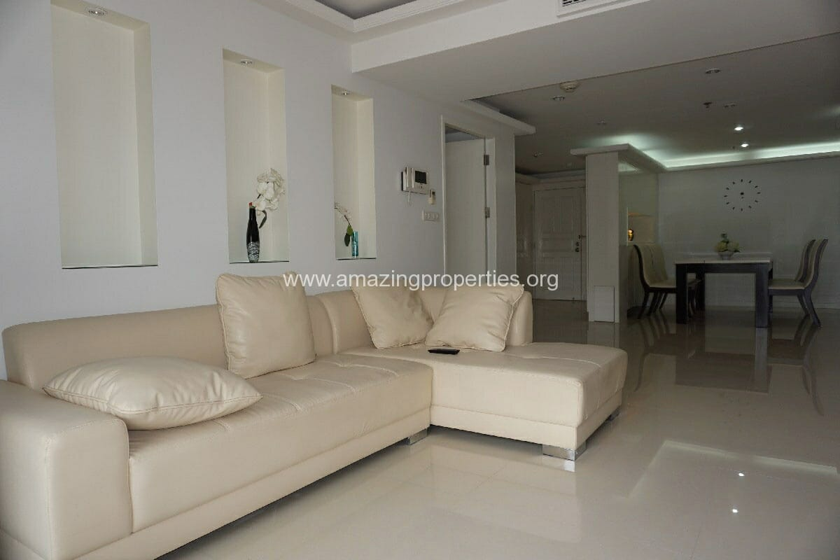 3 Bedroom condo for Rent at Somkid Garden